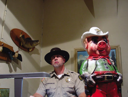 07-sheriff-office.jpg