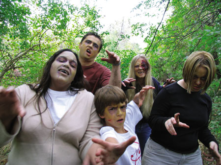 18-a-zombie-horde.jpg